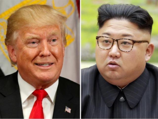 Tổng thống Mỹ Donald Trump (trái) và nhà lãnh đạo Triều Tiên Kim Jong-un (Ảnh: Reuters)