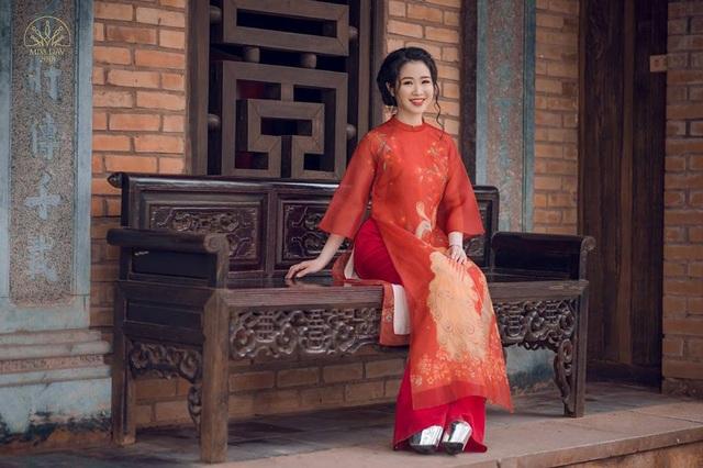Lê Ngọc Thùy Dương (SN 24/12/1996), sinh ra và lớn lên tại Hà Nội, đang là sinh viên năm cuối đồng thời là trợ giảng của khoa Truyền thông Quốc tế và Văn hóa Đối ngoại.
