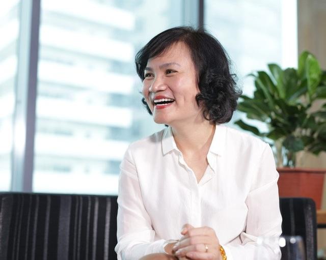 Bà Phạm Minh Hương quyết mua vào khối lượng lớn cổ phiếu VND giữa lúc mã này về vùng giá thấp