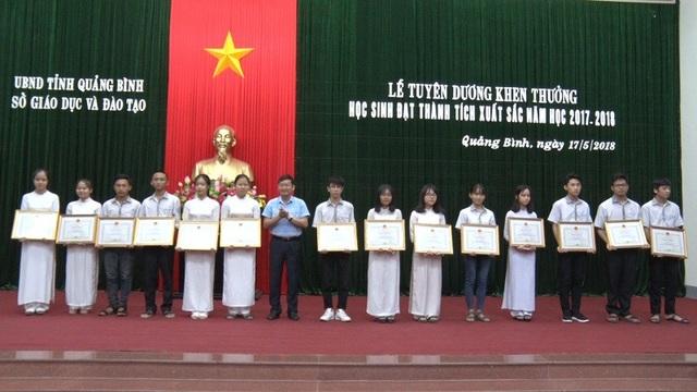 Nhiều học sinh Quảng Bình được nhận bằng khen từ Bộ GD-ĐT