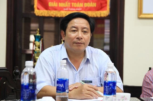 Ông Hà Quang Lộc, Chánh Văn phòng BHXH tỉnh Thừa Thiên Huế cho hay người lao động có thể ủy quyền cho Liên đoàn Lao động tỉnh Thừa Thiên Huế khởi kiện vụ án tòa đối với Hội đồng quản trị trường phổ thông Huế Star