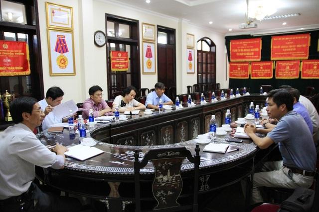 Báo chí làm việc với BHXH tỉnh Thừa Thiên Huế vụ việc trường phổ thông Huế Star