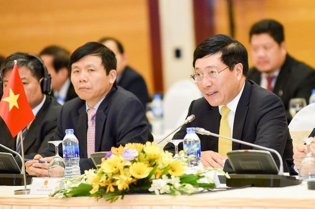 Phó Thủ tướng, Bộ Trưởng Ngoại giao Phạm Bình Minh chủ trì Kỳ họp