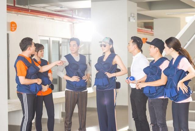 Trấn Thành - Hari Won, Trường Giang - Hương Giang, Hứa Vĩ Văn - Kỳ Duyên đã rất thu hút khán giả ngay từ khi chương trình chưa lên sóng.