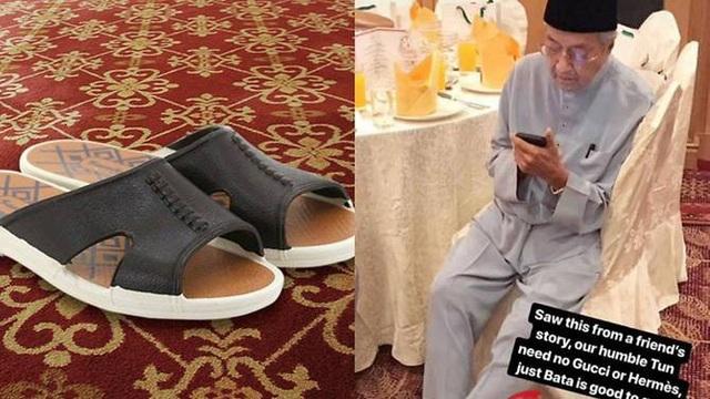 Tân Thủ tướng Malaysia Tun Dr Mahathir Mohamad với đôi dép bình dân. (Ảnh: Facebook)