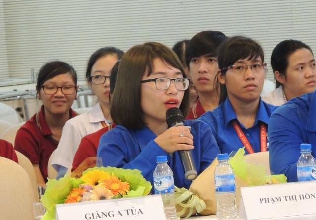 Rất nhiều ý kiến được các gương thanh niên tiêu biểu trong cả nước chia sẻ trong buổi giao lưu