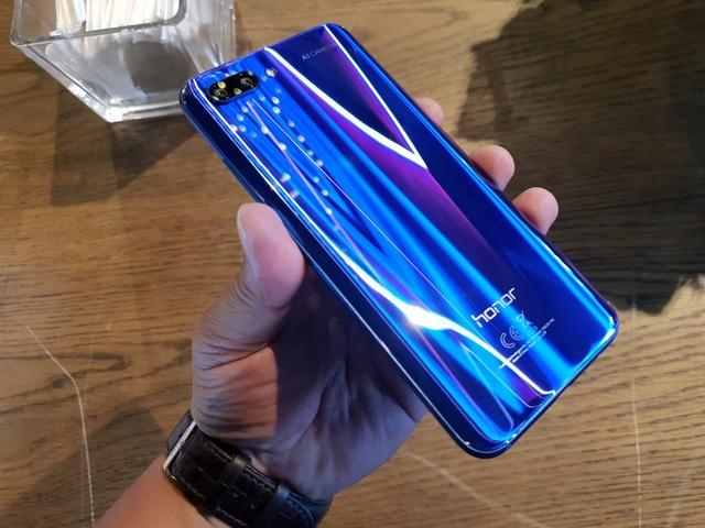 Đánh giá Honor 10, smartphone 10 triệu đồng với cấu hình mạnh - 1