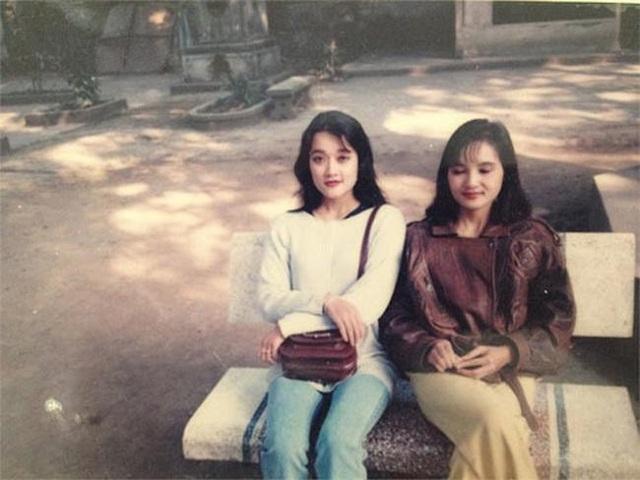 Loạt ảnh quá khứ xinh đẹp, sành điệu của Vân Dung năm 16 tuổi đi thi Hoa hậu - Ảnh 4.