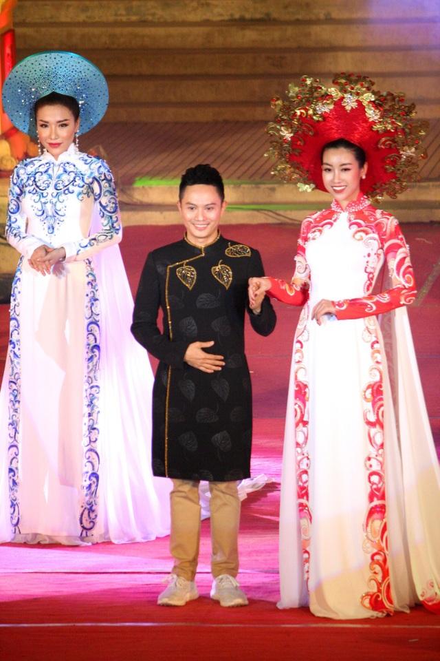 NTK Ngô Nhật Huy cùng Hoa hậu Việt Nam 2016 Đỗ Mỹ Linh và Á hậu 1 Hoa hậu biển 2016 Nguyễn Đình Khánh Phương