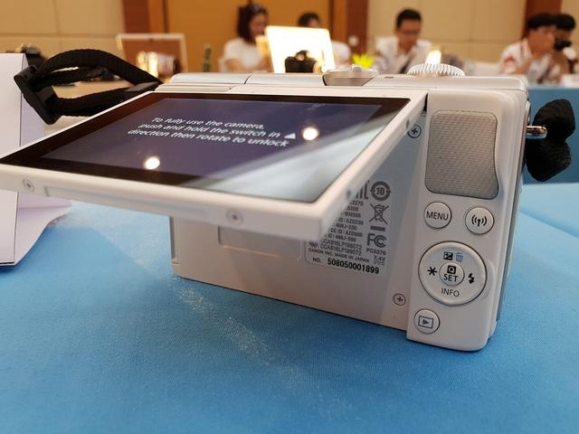 Canon chính thức ra mắt máy ảnh mirrorless có khả năng quay 4K - 4