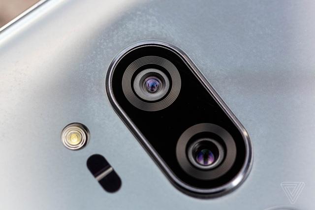 Cận cảnh cụm camera kép trên G7 ThinQ