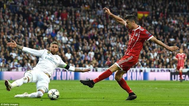 Dù ghi bàn, nhưng James Rodriguez đã bỏ lỡ khá nhiều cơ hội ở trận đấu này
