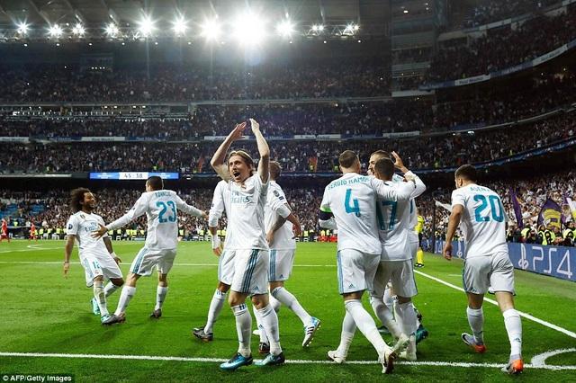 Real Madrid mở toang cánh cửa đi tiếp, nhờ sự thực dụng trong khâu dứt điểm