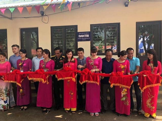 Khánh thành công trình phòng học và nhà công vụ Dân trí thứ 16 tại Cao Bằng - 12