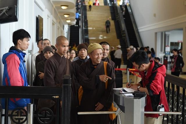 Mừng lễ Phật đản 2018, Sun World Fansipan Legend tặng vé cáp treo tới quý Tăng Ni cả nước - 1