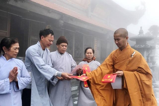 Mừng lễ Phật đản 2018, Sun World Fansipan Legend tặng vé cáp treo tới quý Tăng Ni cả nước - 5