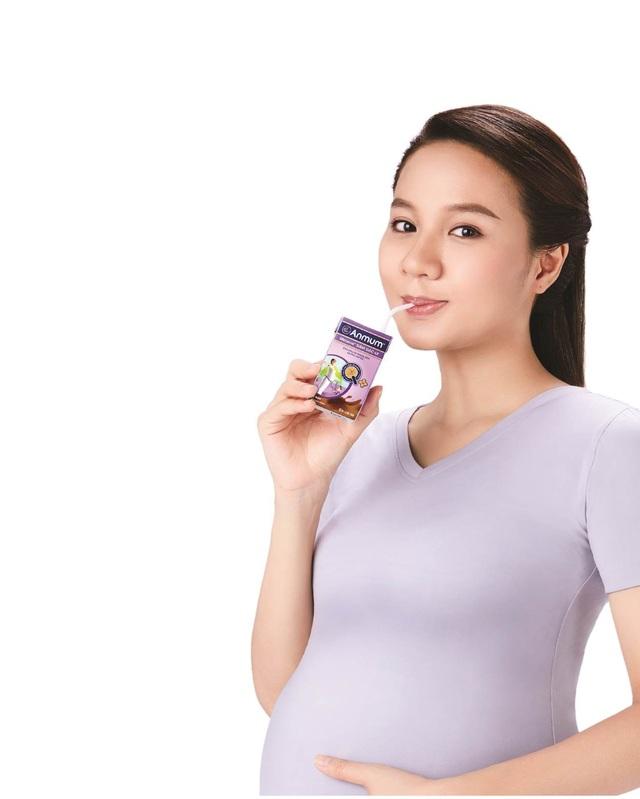 Sữa bầu với chỉ số GI thấp là cách để bổ sung dinh dưỡng đầy đủ cho mẹ bầu nhưng vẫn giữ được đường huyết ổn định, ngăn ngừa và kiểm soát tốt nguy cơ mắc đái tháo đường thai kỳ