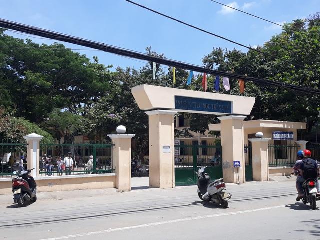 Trường Tiểu học Trần Phú cho rằng việc mua trà sữa đến lớp cho học sinh là hoạt động tự phát của đại diện phụ huynh lớp 3B