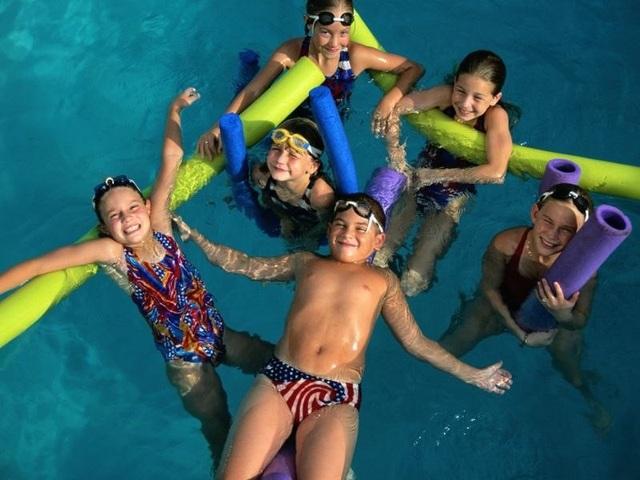 Bể bơi và các phòng tắm nước nóng có thể chứa nhiều mầm bệnh nguy hiểm - 1