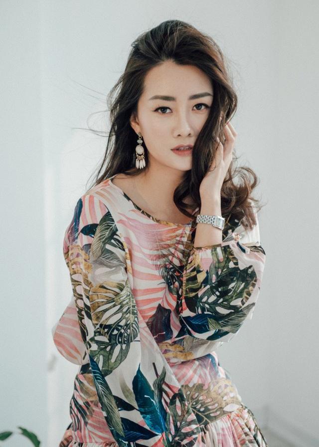 """BTV Quỳnh Chi VTV tiết lộ lý do vẫn """"phòng không"""" ở tuổi 32 - 5"""