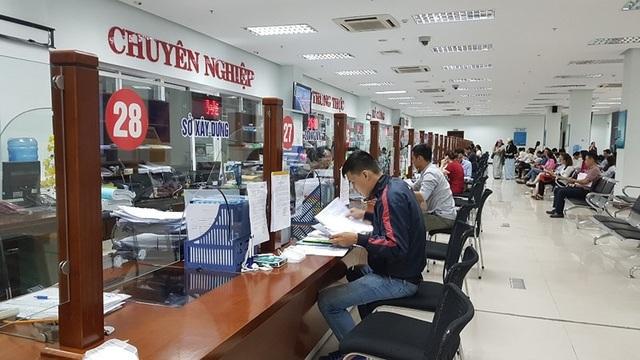 Khu vực một cửa tại Trung tâm hành chính TP Đà Nẵng. Ảnh: TẤN VIỆT