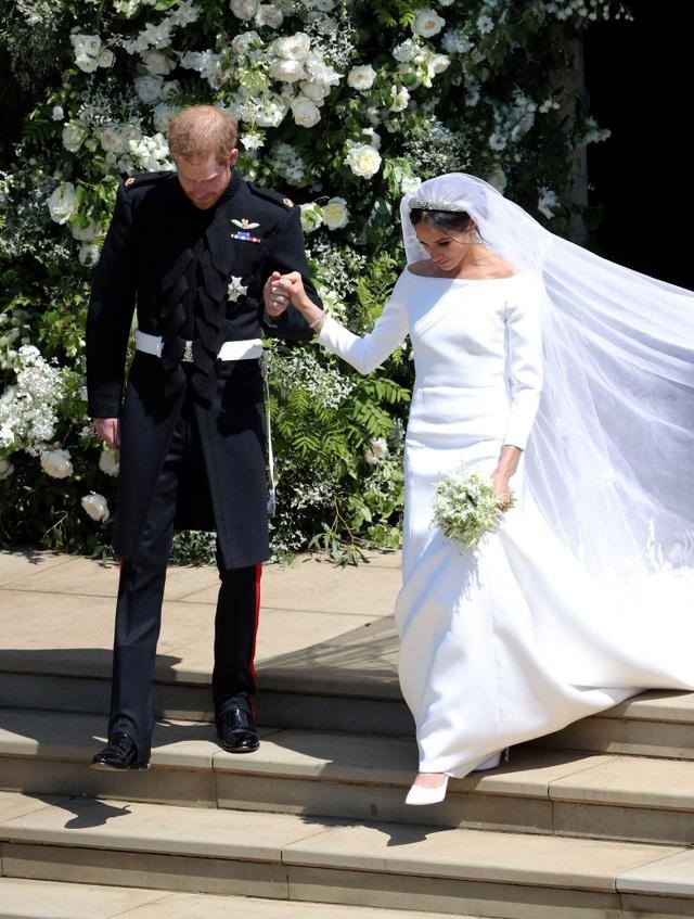 Váy cưới của công nương Meghan