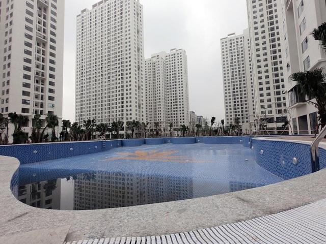 Đài phun nước quảng trường trung tâm giữa 8 tòa nhà chung cư An Bình City