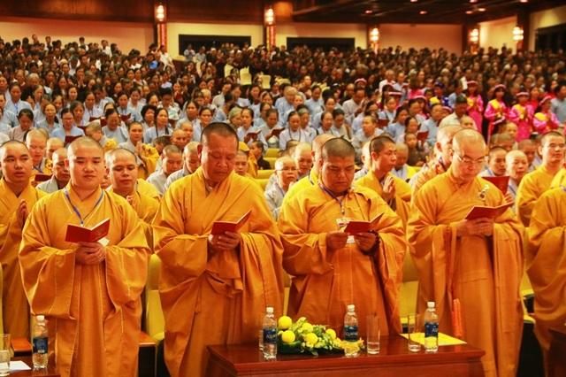 Linh thiêng lễ tắm Phật tại ngôi chùa lớn nhất Việt Nam - 5