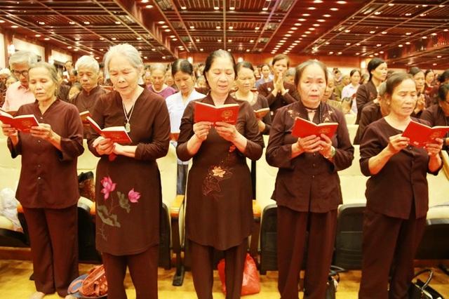 Linh thiêng lễ tắm Phật tại ngôi chùa lớn nhất Việt Nam - 6