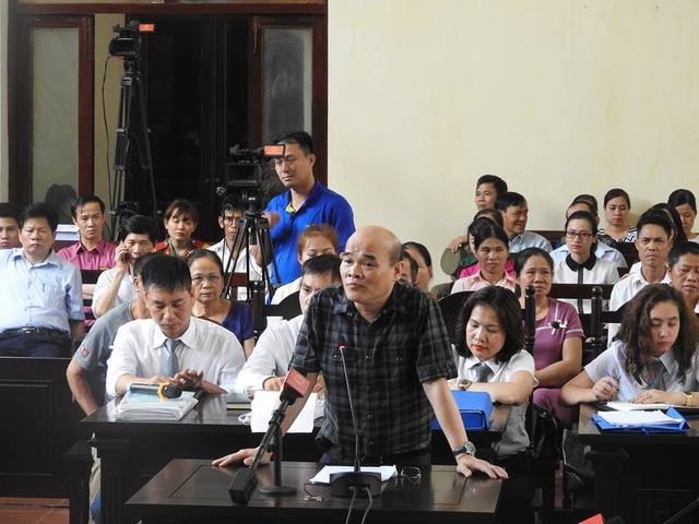 Ông Nguyễn Huy Quang, đại diện Bộ Y tế tham gia tố tụng