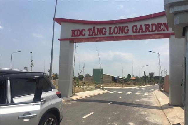 """Một dự án """" ăn theo"""" Khu đô thị Đông Tăng Long quận 9 (TPHCM). Ảnh: N.N"""