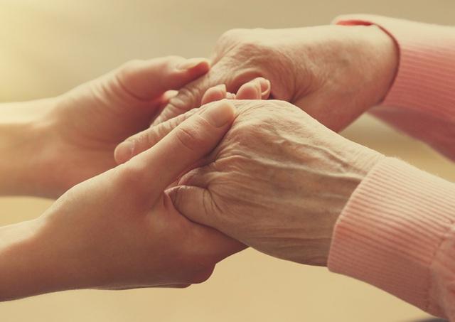 5 điều người ta hối tiếc nhiều nhất trước khi qua đời - 1