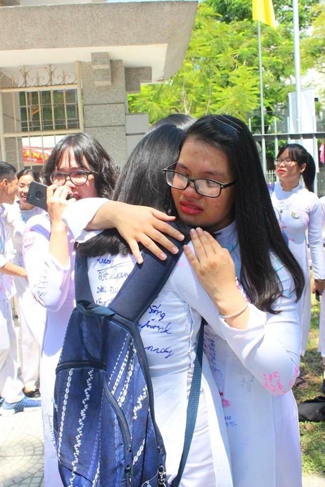 Những giọt nước mắt luyến lưu thời học trò