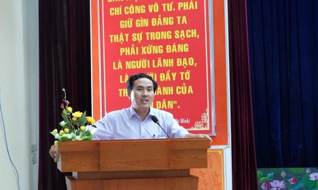 Ông Ngô Chính Công - Phó Chủ tịch UBND phường Chính Gián, quận Thanh Khê, TP Đà Nẵng phát biểu tại hội nghị.