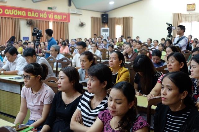 Đại diện các cơ sở GD mầm non ở quận Thanh Khê dự hội nghị.