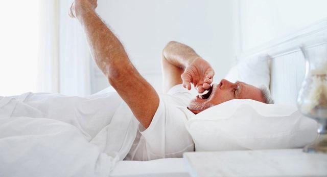 Vì sao không ngủ đêm lại có hại cho sức khỏe? - 1