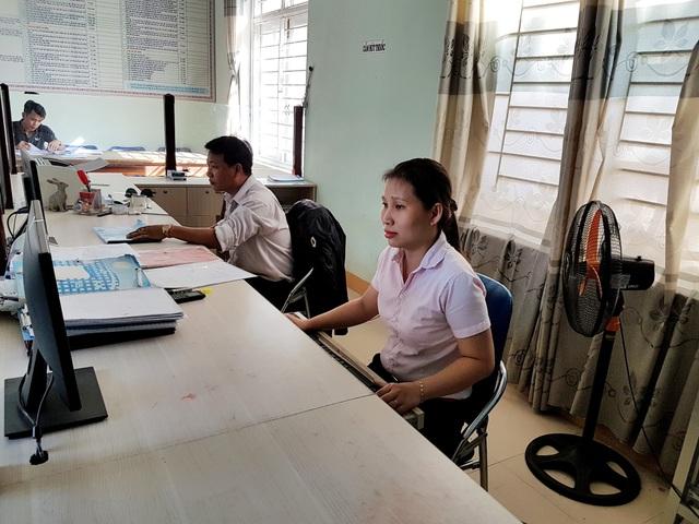 Chị Ngô Thị Hai – cán bộ văn phòng thống kê xã Tam Dân, huyện Phú Ninh