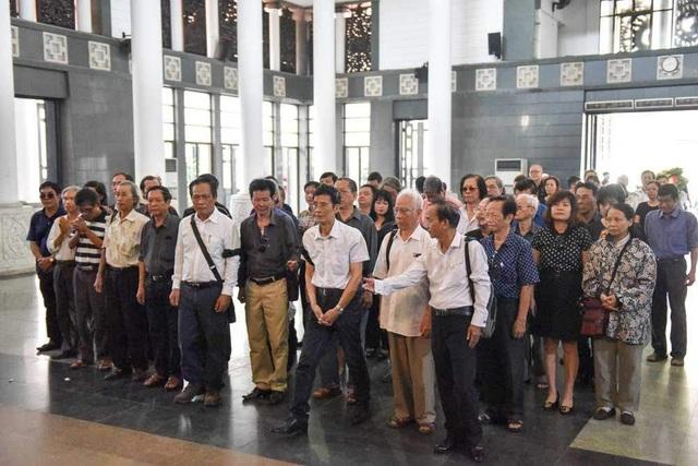 Nhạc sĩ Trương Ngọc Ninh, nhạc sĩ Lân Cường và các nhạc sĩ Hội nhạc sĩ Hà Nội.