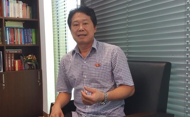 Phó Chủ nhiệm UB Tài chính - Ngân sách Đinh Vân Nhã: Nếu chuyển từ phí sang giá thì cần thiết phải có sự điều chỉnh của các cơ quan có thẩm quyền, ít nhất là phải được UB Thường vụ Quốc hội cho phép bổ sung danh mục.