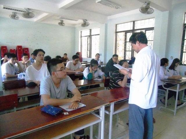 Sở GD-ĐT Quảng Bình đặc biệt nghiêm cấm các trường hợp vận động, quyên góp và thu tiền ngoài quy định khi tuyển sinh