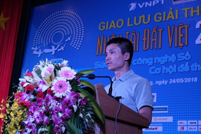 Ông Phạm Tuấn Anh - Phó Tổng Biên tập Báo Dân trí, Phó Trưởng Ban Tổ chức Giải thưởng Nhân tài Đất Việt 2018 phát biểu trong buổi giao lưu chủ đề Sức mạnh công nghệ số - Cơ hội để thành công tại Đà Nẵng.