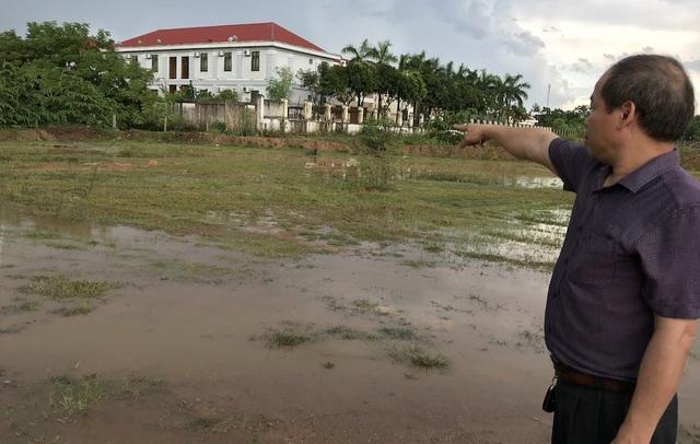 Hội đồng bồi thường giải phóng mặt bằng dự án cống Nam Đàn 2 đã có tờ trình số 26/TTr-HĐGPMT năm 2013 về việc xin thẩm định và phê duyệt phương án bồi thường, hỗ trợ cho gia đình ông Nguyễn Tân Phúc. Trong đó tổng kinh phí bồi thường, hỗ trợ là gần 260 triệu đồng.