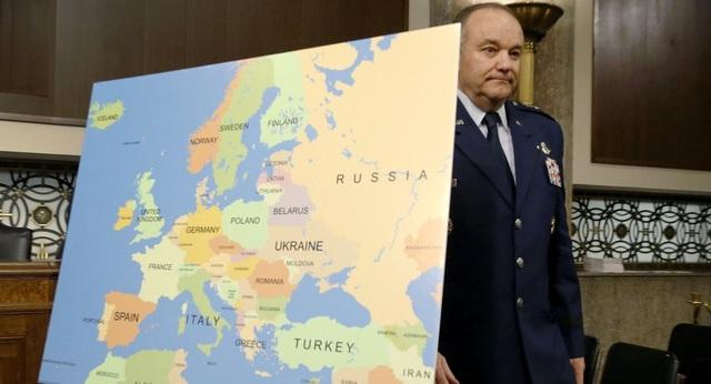 Tướng không quân Mỹ Philip Breedlove (Ảnh: Reuters)
