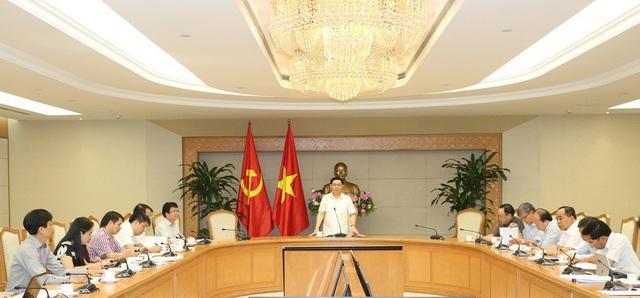 Lãnh đạo Chính phủ truy trách nhiệm của Bộ Y tế, GD&ĐT, VHTT&DL tại cuộc họp