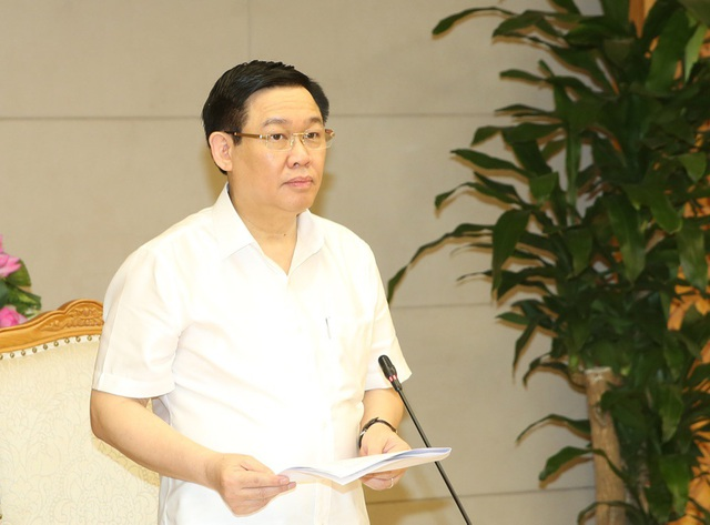 Phó Thủ tướng Vương Đình Huệ tại cuộc họp về giải ngân vốn đầu tư công trung hạn sáng 24/5