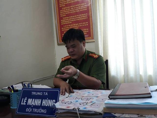Trung bình mỗi năm Trung tá Lê Mạnh Hùng cùng đồng đội bắt được 50 tội phạm trốn nã.
