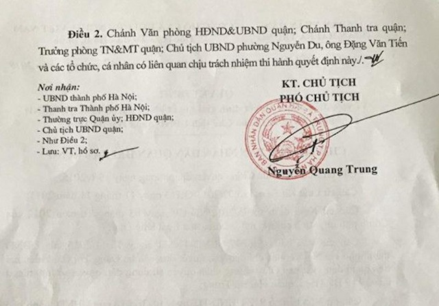 Người dân cạn nước mắt xin cấp sổ đỏ, UBND quận Hai Bà Trưng ra quyết định sửa sai.