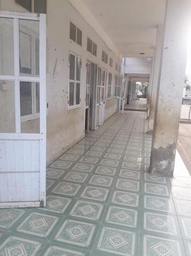 Dãy phòng học của trường tiểu học Nà Kiềng đã xuống cấp nghiêm trọng cách đây 6 tháng