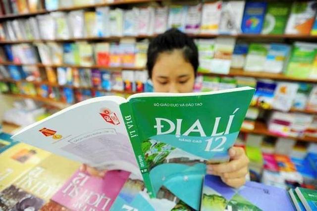 Một chương trình, nhiều bộ sách giáo khoa là cách làm mở, tạo điều kiện cho những bộ sách tốt hơn, chất lượng hơn được ra đời, phục vụ cho giảng dạy và học tập.