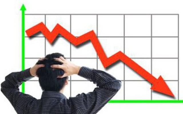 Nhiều thông tin bất lợi đang đè nặng tâm lý nhà đầu tư trên thị trường chứng khoán